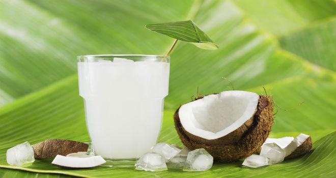 Agua de coco, la gran aliada de tu salud