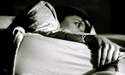 Consejos útiles para quienes no pueden dormir de noche