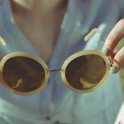 Las 6 mejores medidas para proteger la piel de los efectos del sol en la ciudad